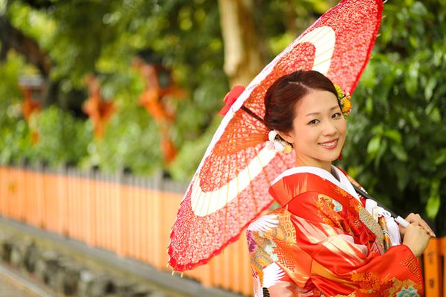京都・祇園での新婦様のソロ前撮り