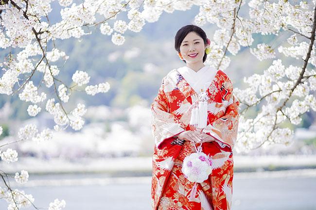 桜と色打掛
