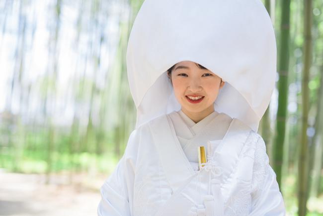 白無垢には定番の綿帽子を!